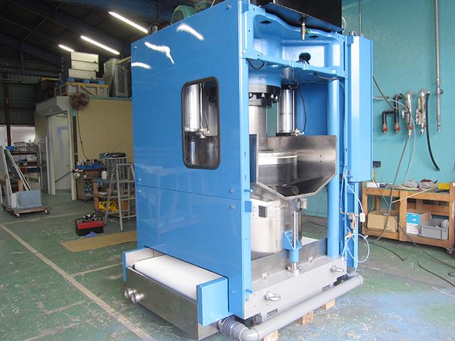三菱重工 油圧脱水機 HP2000V